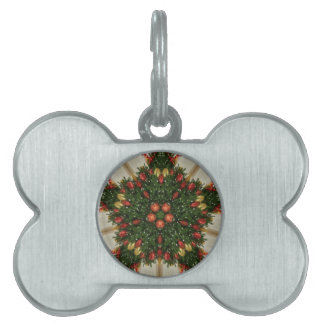 Elegant Christmas Wreath Red Green Kaleidoscopic Pet Tag