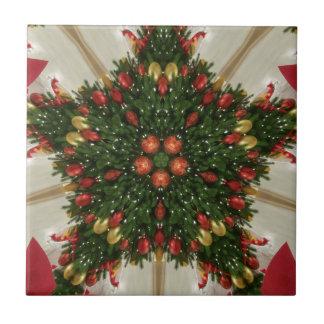 Elegant Christmas Wreath Red Green Kaleidoscopic Tile