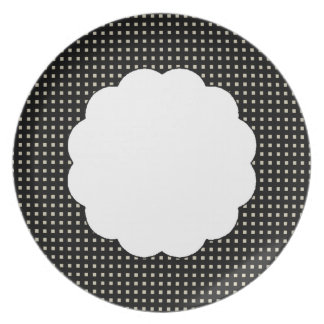 Elegant-Designs- Polka-Dots-Squares-Scallop Plate