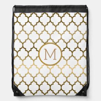Elegant Gold And White Quatrefoil Modern Pattern Drawstring Bag