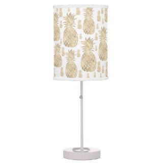 elegant golden pineapples pattern table lamp