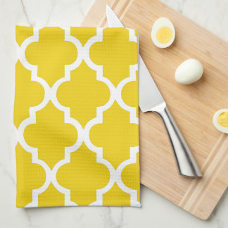 Elegant Lemon Yellow Quatrefoil Tiles Pattern Kitchen Towel