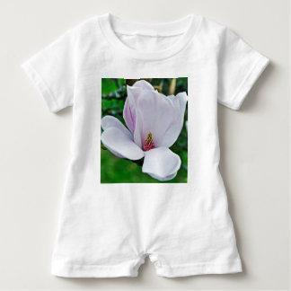 Elegant Magnolie Baby Romper