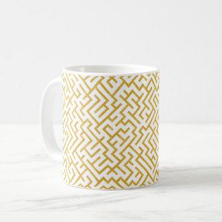 Elegant Maze Modern Art - Gold & White Coffee Mug