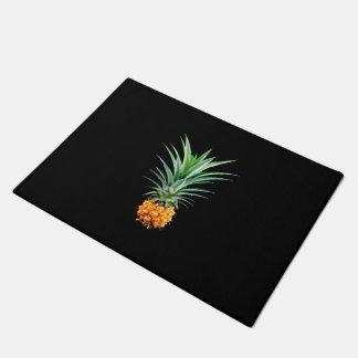 elegant minimalist pineapple | black background doormat
