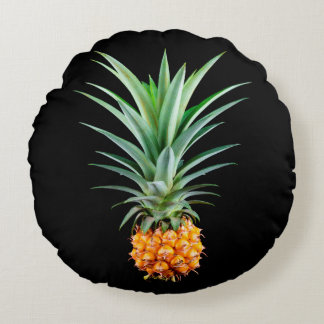 elegant minimalist pineapple | black background round pillow