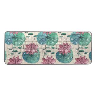 Elegant Oriental watercolor lotus painting Wireless Keyboard