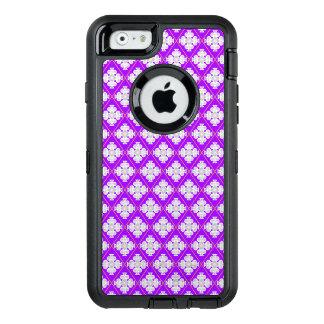 Elegant retro pattern inspired by quatrefoil OtterBox iPhone 6/6s case