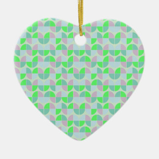 Elegant Seamless Pattern Ceramic Heart Ornament