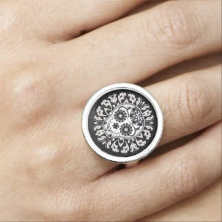 Elegant sugar skull ring