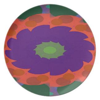 Elegant Treasure Pattern Plate
