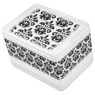 Elegant white and black vintage damask pattern