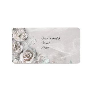 Elegant White Flowers Label