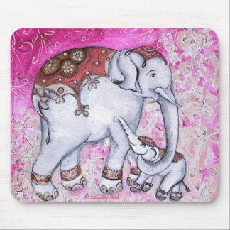 ELEPHANT LOVE Mousepad