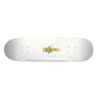 Embouteilleur de bière de partie avec le gâteau skateboard customisable