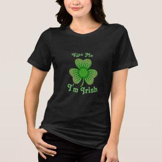 Embrassez-moi que je suis T-shirt irlandais