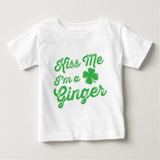 Embrassez-moi que je suis un gingembre ! t-shirt pour bébé