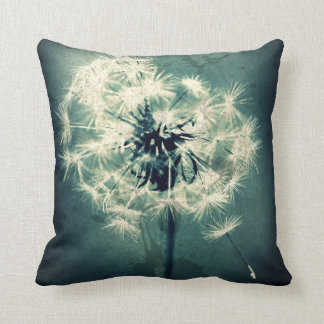 Emerald Green Daisy Throw Pillow