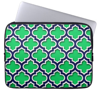 Emerald Green Navy White Moroccan Quatrefoil #5DS Laptop Sleeve