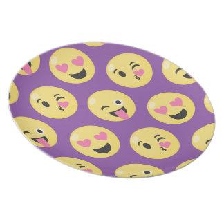Emoji Love Pattern Plate