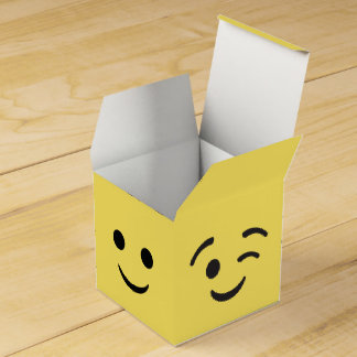 EMOJI Party Favor Boxes