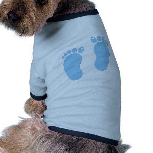 Empreintes de pas de bébé. C'est un garçon T-shirt Pour Toutou