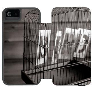 Empty bird cage incipio watson™ iPhone 5 wallet case