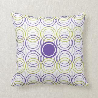 Empty circles throw pillow