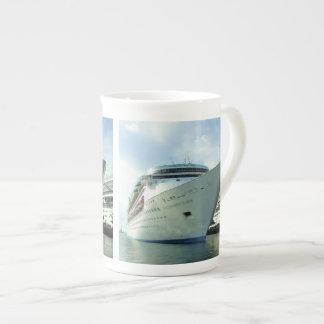 Enchanting Bow Tea Cup