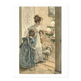 Enfants, chien regardant l'arbre carte postale