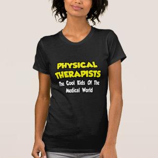 Enfants frais de spécialiste… de monde médical t-shirt