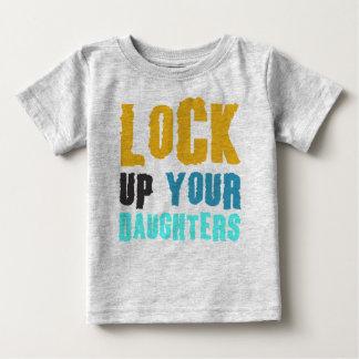 enfermez vos filles t shirt