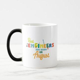 Engineers are born in August Z479b Magic Mug
