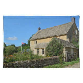 English cottage with garden place mat