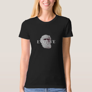 English naturalist Charles Darwin T-Shirt