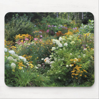Enter the Late Summer Gardens! Mouse Pad