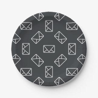 Envelope pattern paper plate