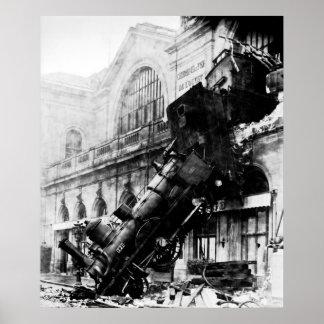 Épave de train chez Montparnasse, le 22 octobre 18 Poster