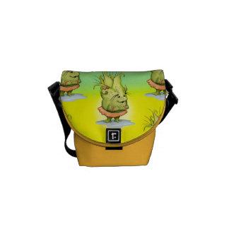 EPIZELLE ALIEN  Rickshaw MINI Zero Messenger Bag