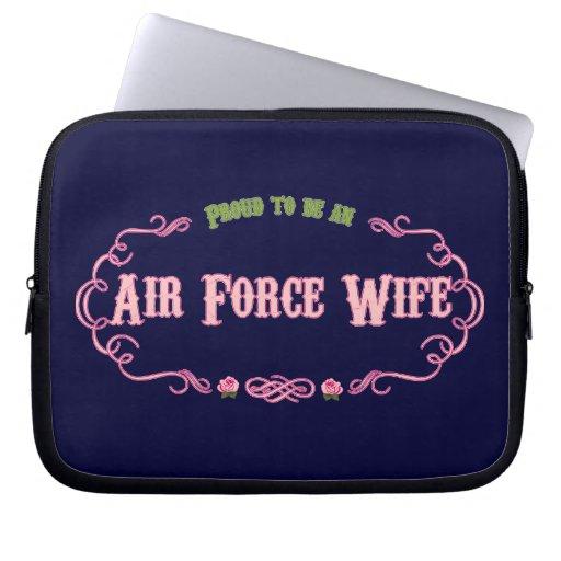 Épouse fière de l'Armée de l'Air Housse Ordinateur