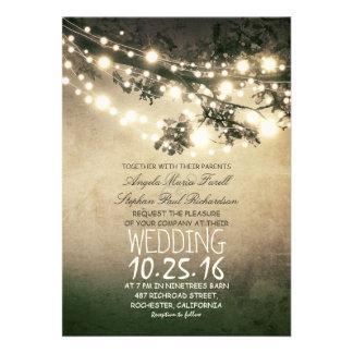 Épouser rustique de branches d'arbre et de lumière invitations personnalisées