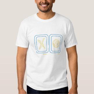 Équilibre et oscillation en bleu et or t shirt