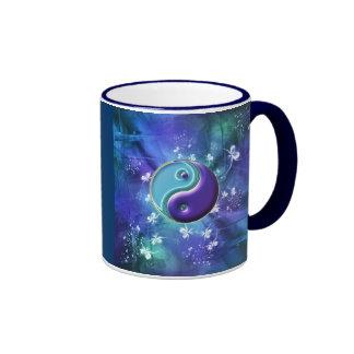 Équilibre et unité dans les bleus et les verts mug ringer