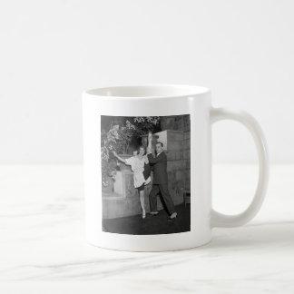 Équipe de danse de cabaret, les années 1920 tasses à café