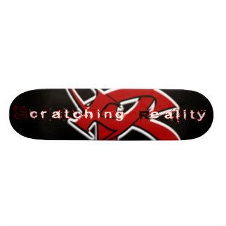Éraflure de la planche à roulettes de réalité skateboard customisable
