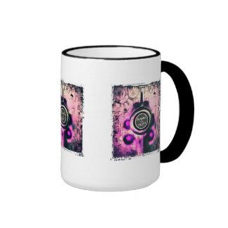 Éraflure et reniflement mug ringer