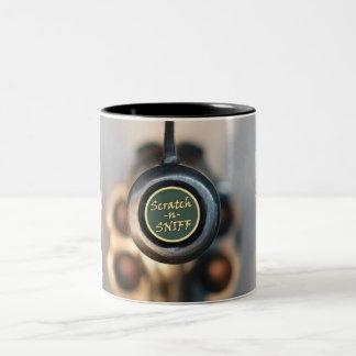 Éraflure et reniflement mugs à café