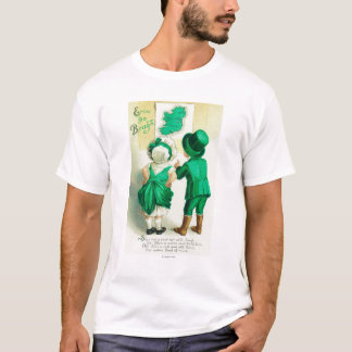Erin Go Bragh Couple Looking at Ireland Map T-Shirt