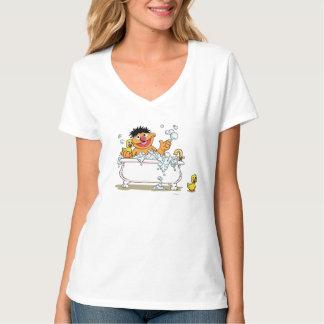 Ernie vintage dans la baignoire tee-shirts
