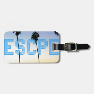 Escape to palm trees design luggage tag